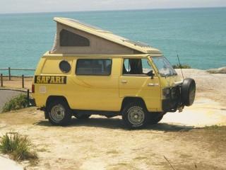 1985 Mitsubishi Safari Pop top