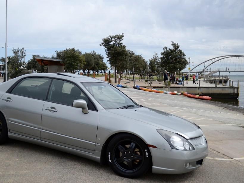 2003 Mitsubishi MAGNA AWD
