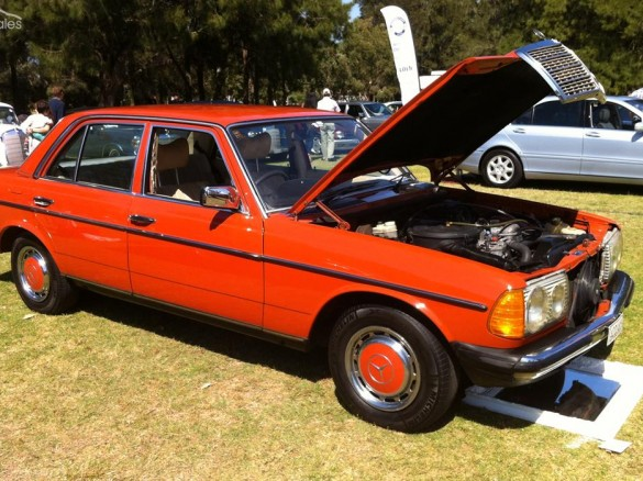 1977 Mercedes Benz 300d W123 Emmamay Shannons Club