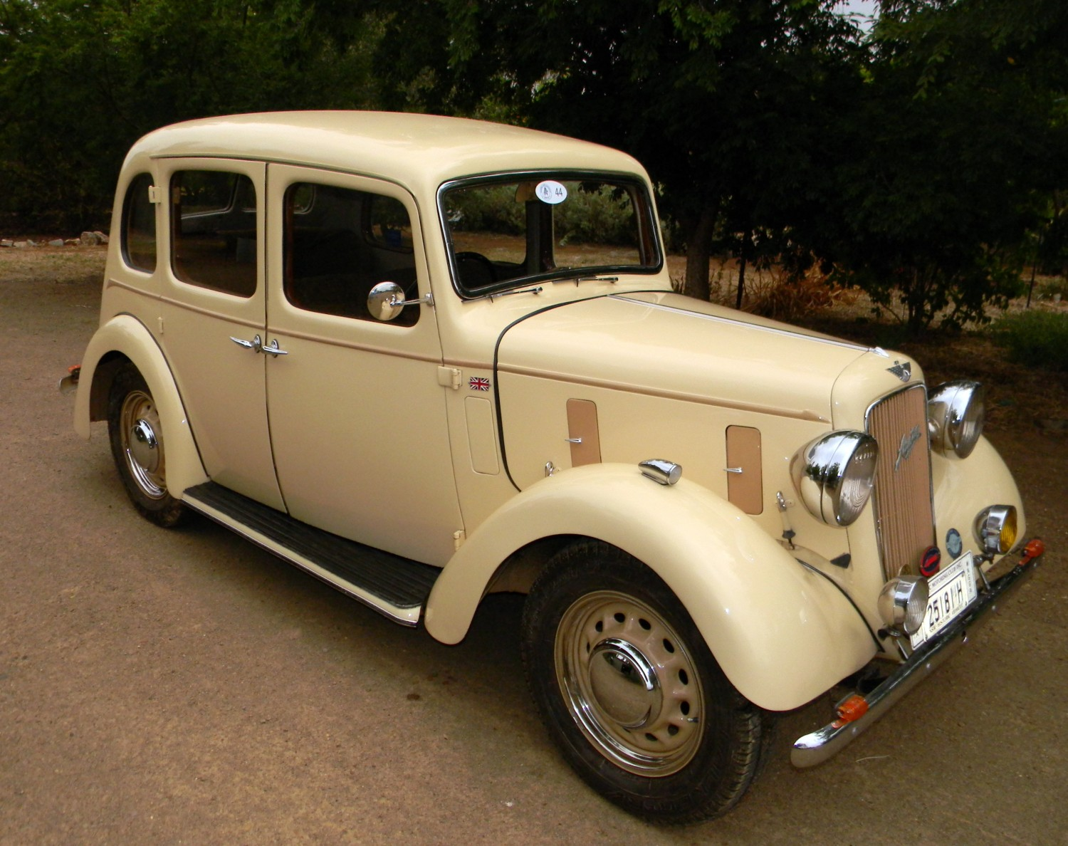 1937 Austin 10 Cambridge (Holden Bodied)