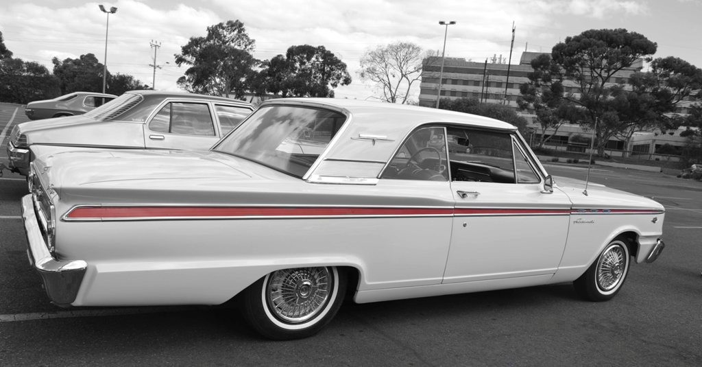 1963 ford fairlane 500 hipo sport coupe show shine for Ford motor company phone directory