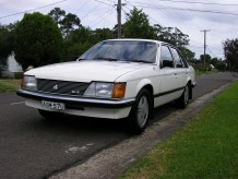 1993 Holden VH COMMODORE SLE