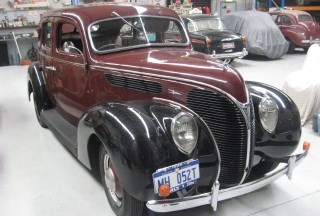 1938 ford cabriolet brainard shannons club for 1938 ford 4 door sedan