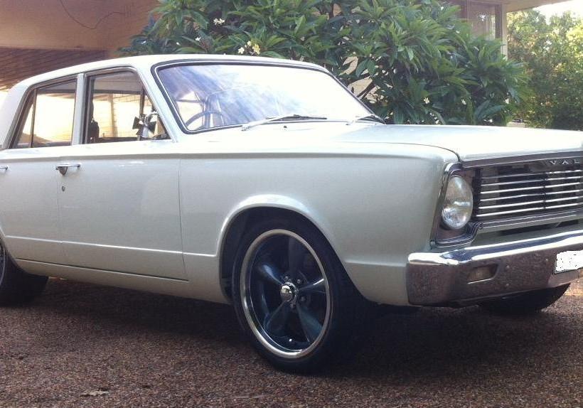 1967 Chrysler Valiant VC