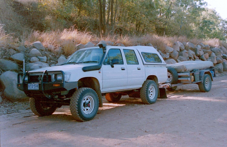 1998 Toyota HILUX (4x4)