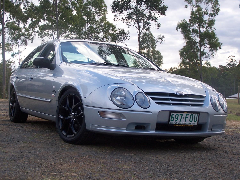2000 Ford XR8