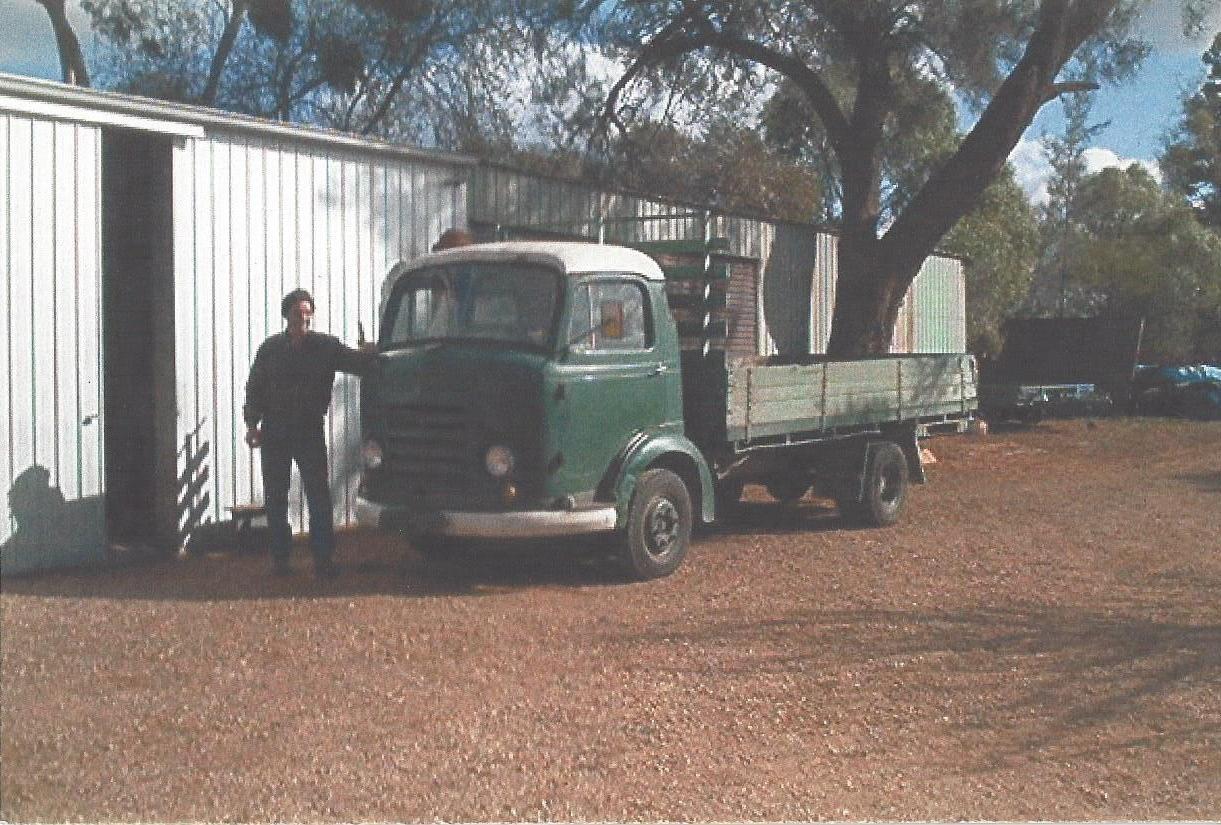1960 Commer Karrier Bantam