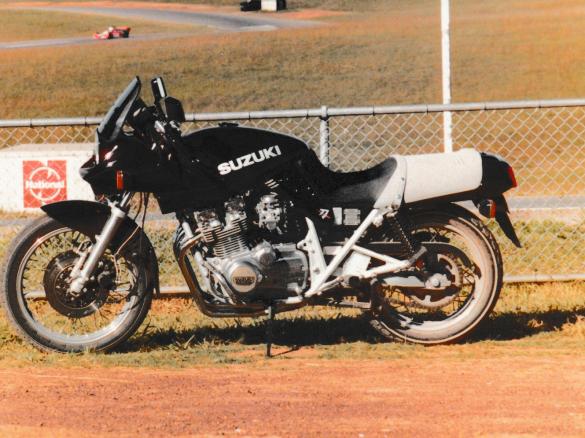 1981 suzuki 1100 katana - owen1 - shannons club