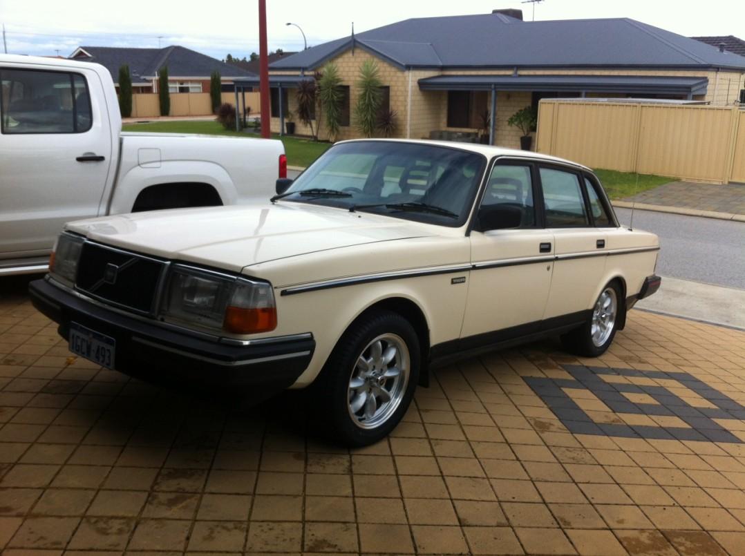 1987 Volvo 240 R Sport Robo240 Shannons Club