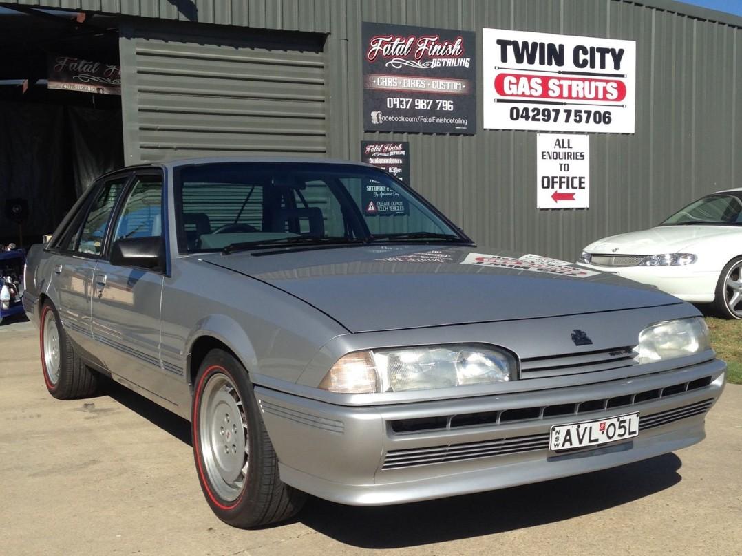 1987 Holden Dealer Team VL