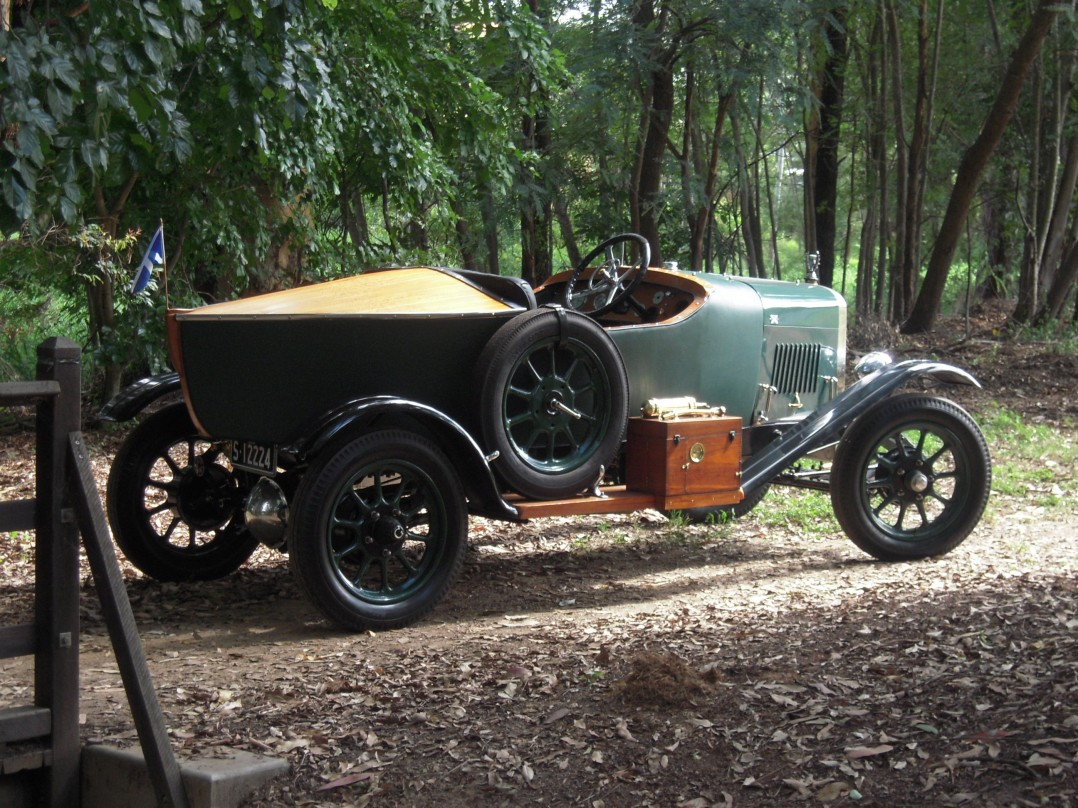 1922 Galloway Boatail