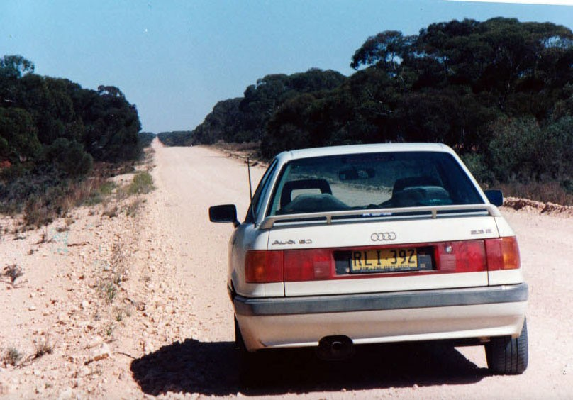 1990 Audi S80