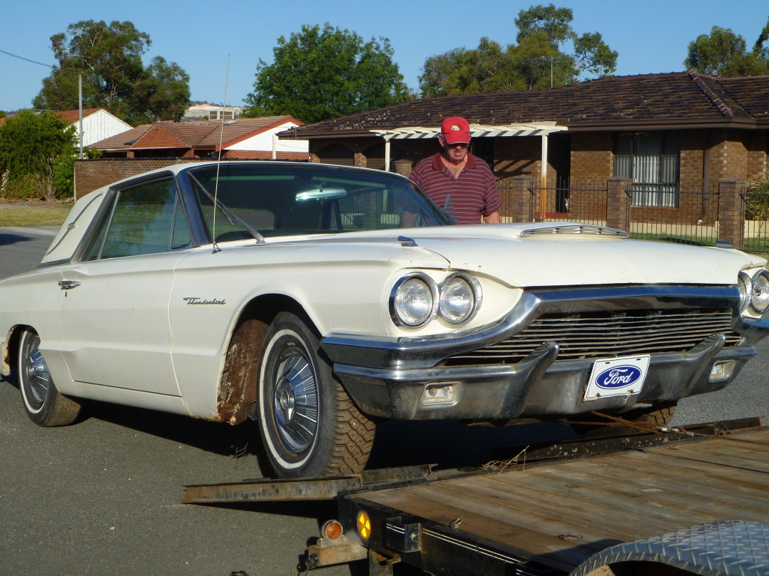 1964 Ford thunderbird 2 door landau