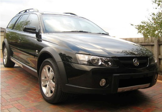 2004 Holden VYII ADVENTRA LX8
