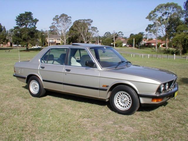 1985 BMW 528i EXECUTIVE
