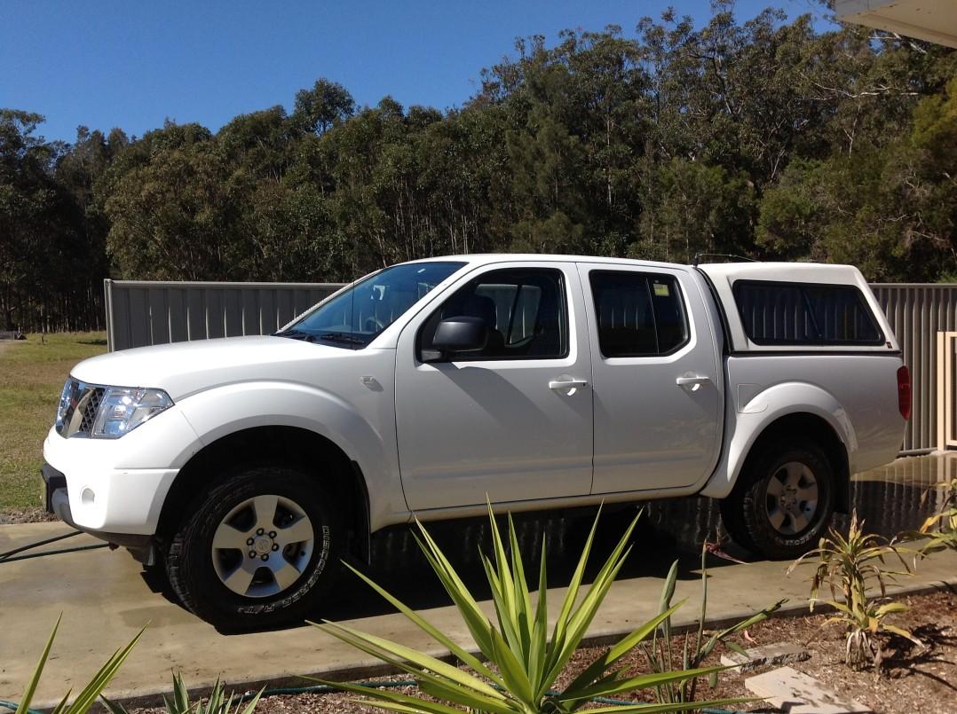 2010 Nissan NAVARA DX (4x4)