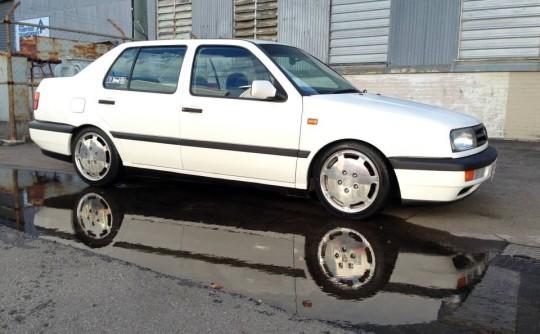 1996 Volkswagen VENTO GL
