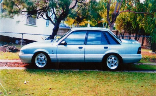 1988 Holden CALAIS