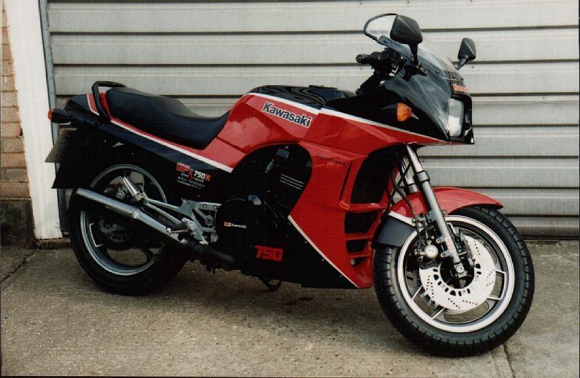 1988 Kawasaki 748cc GPZ750R (ZX750)