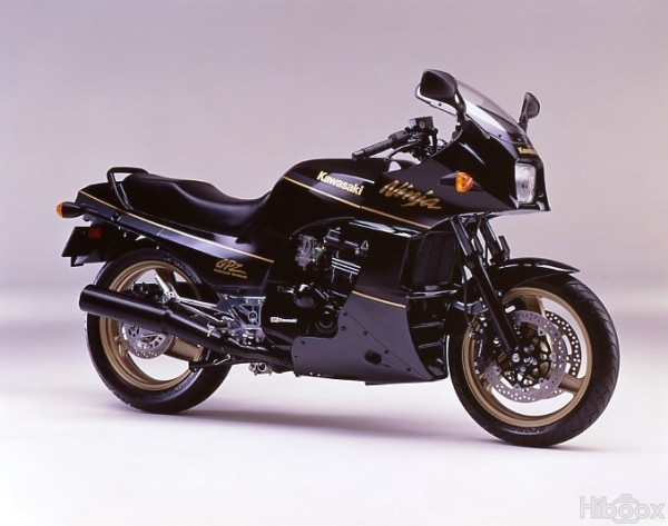 1992 Kawasaki 908cc GPZ900R (ZX900) A6