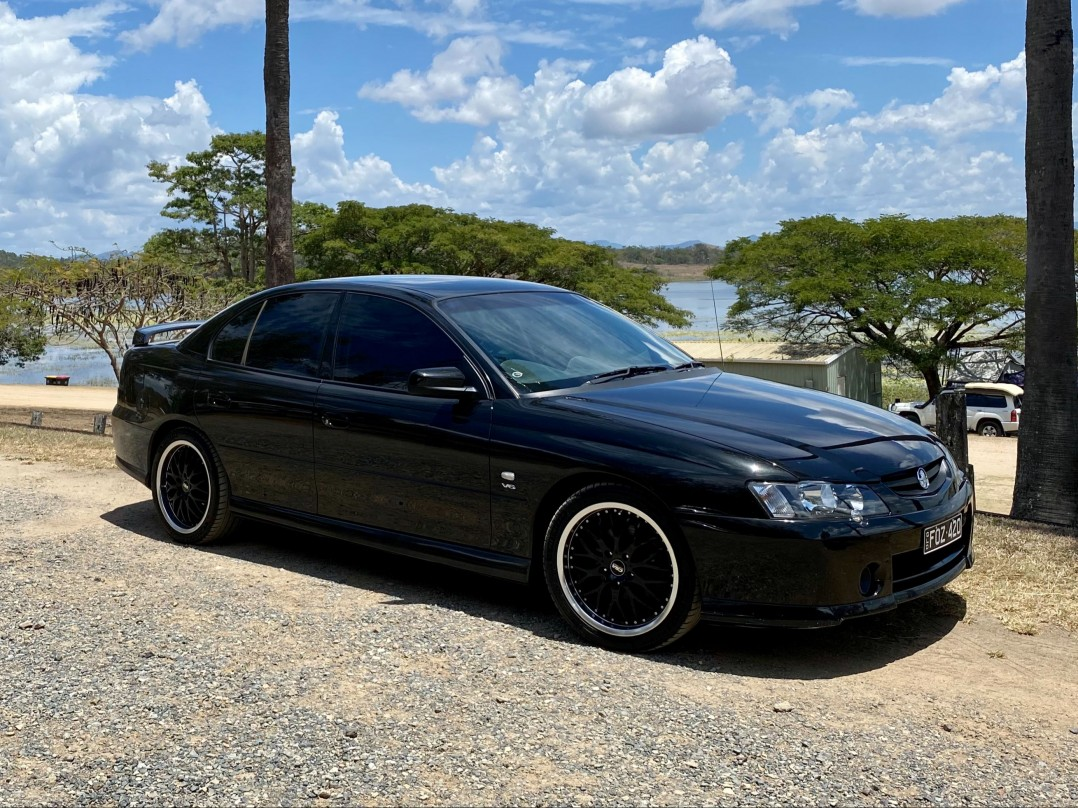 2003 Holden COMMODORE