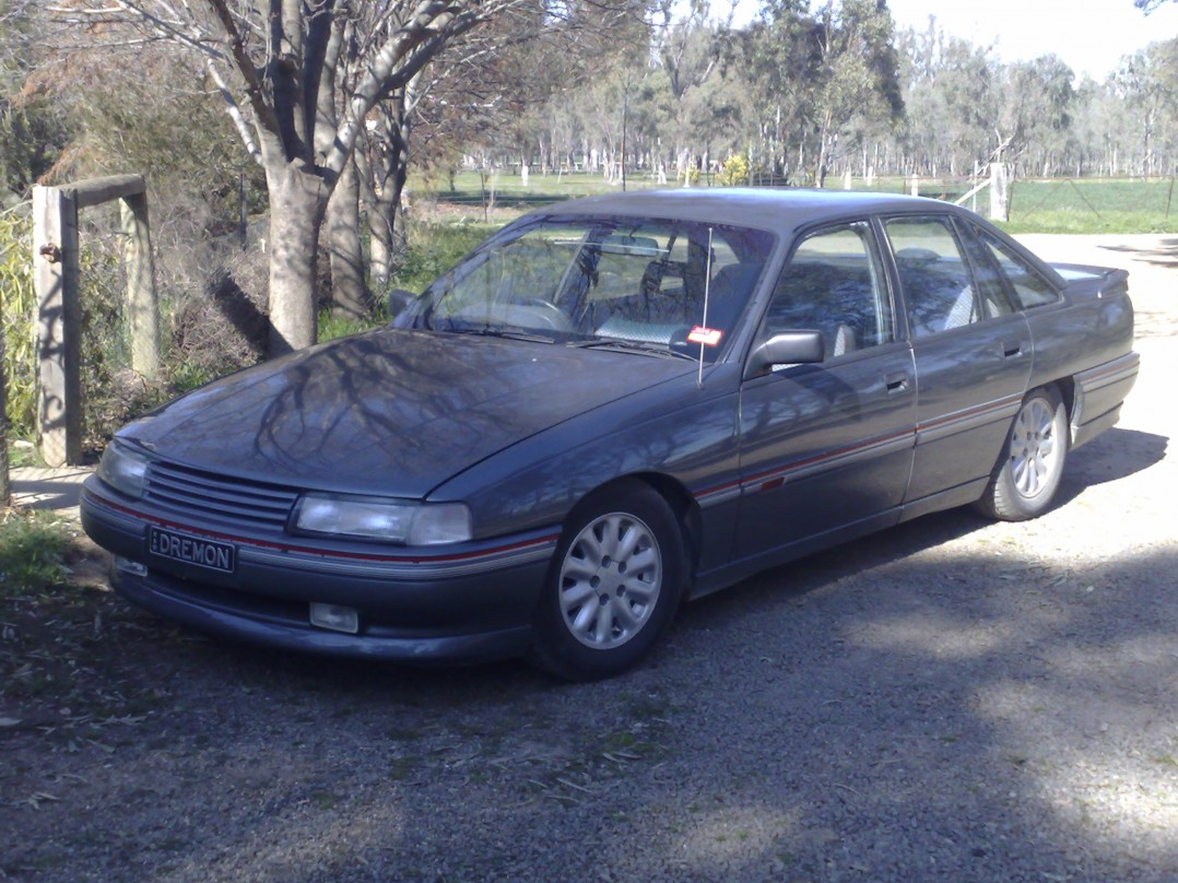1989 Holden COMMODORE SS