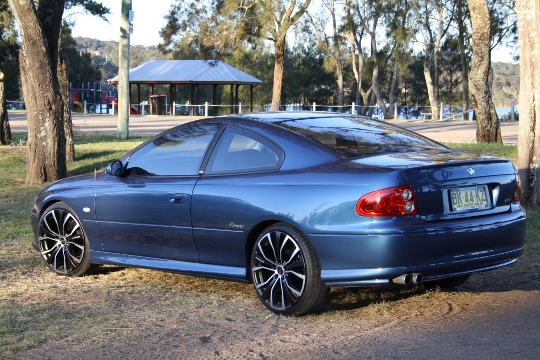 2002 MONARO V2