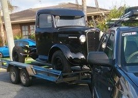 1948 Commer Superpoise