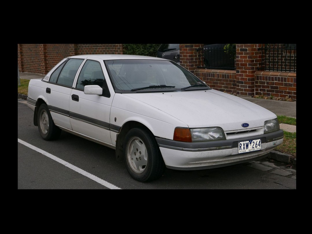 1991 Ford EA Fairmint Ghia