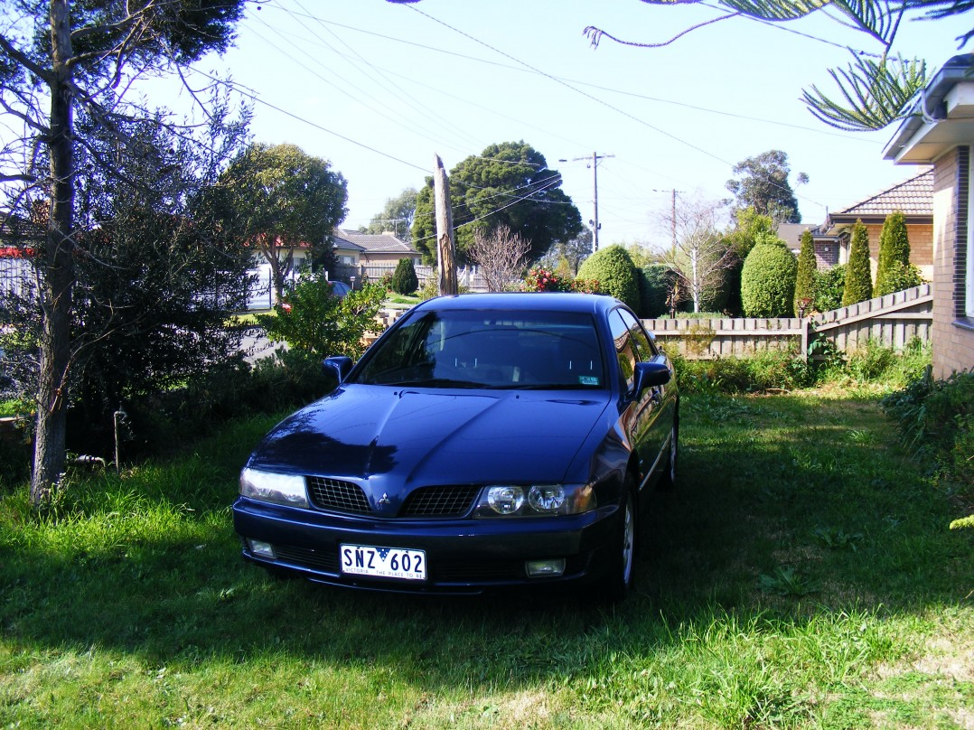 2001 Mitsubishi Magna Sports