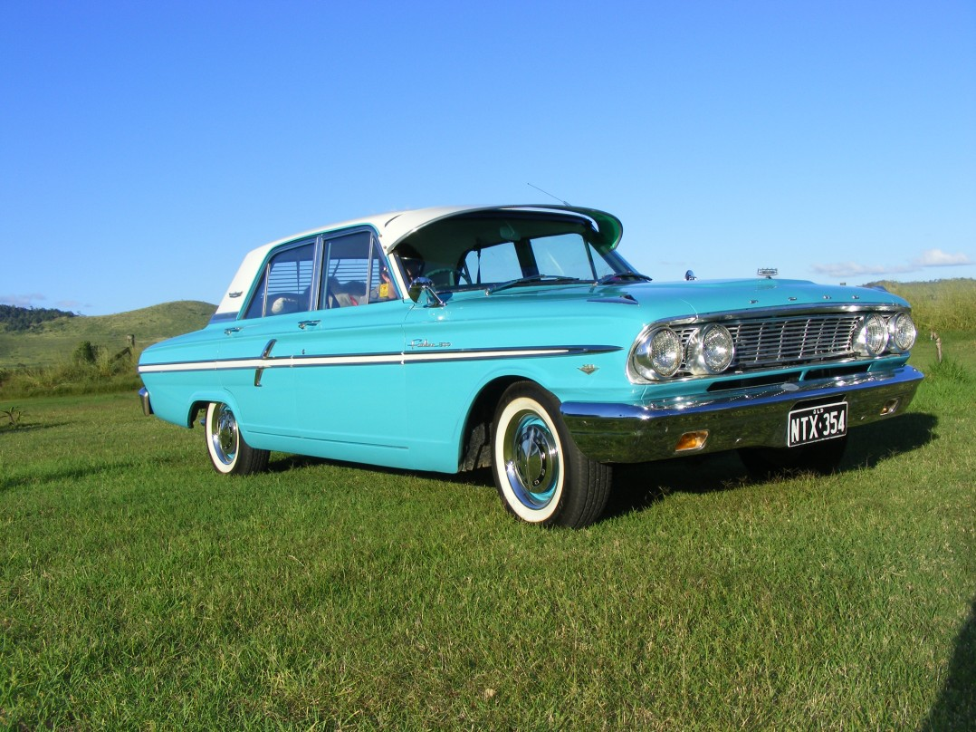 1964 Ford Fairlane 500 Compact