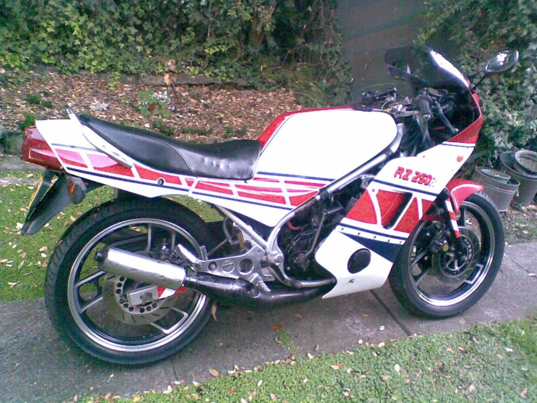 1985 Yamaha RZ250R
