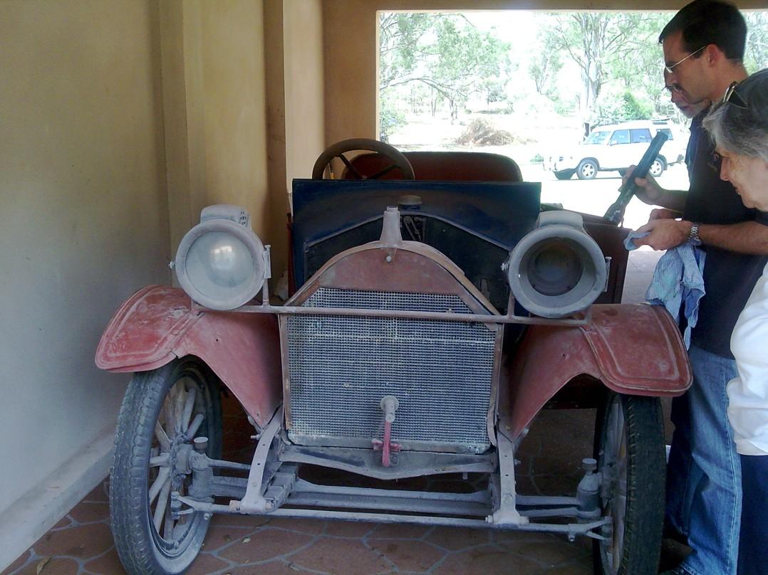 1914 Hupmobile 32