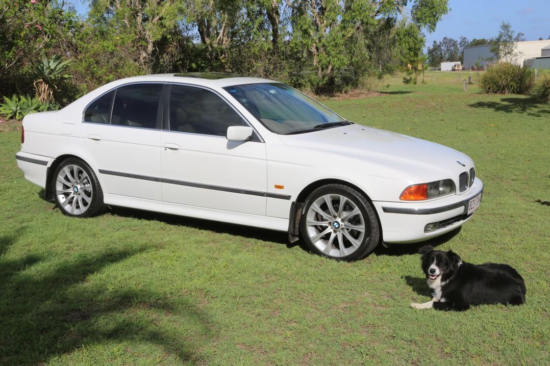 2000 BMW 528i EXECUTIVE