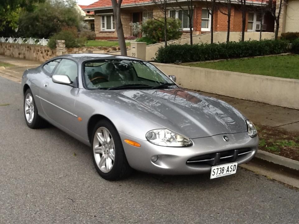 2000 Jaguar Classic
