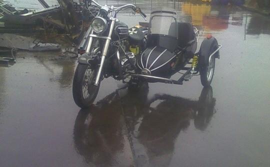 2003 Triumph 790cc AMERICA