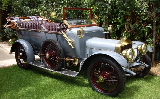1913 Straker Squire 15HP