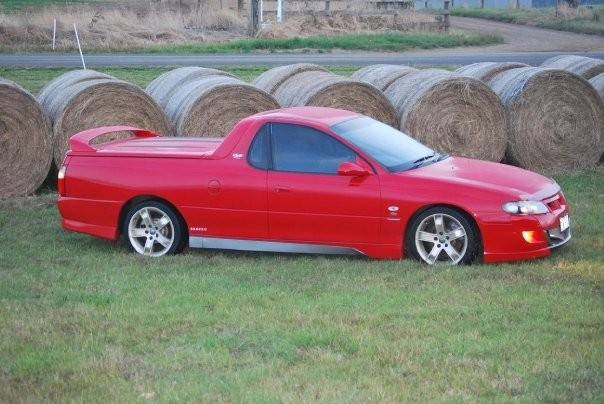 2002 Holden Special Vehicles MALOO R8