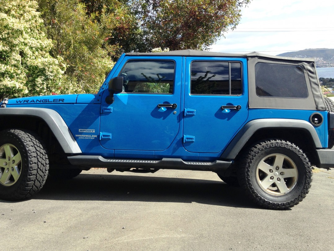 2012 Jeep WRANGLER UNLIMITED RENEGADE (4x4)