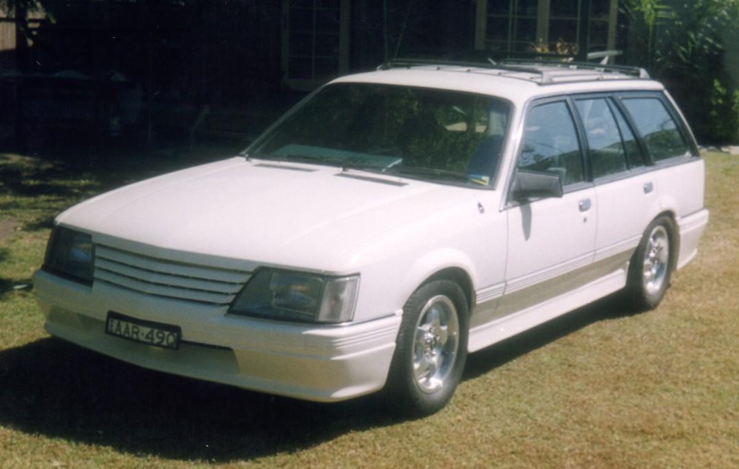 1985 Holden VK  Berlina