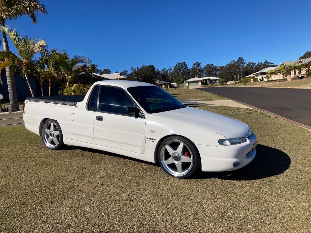 1993 Holden VR