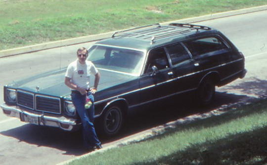 1975 Dodge CRESTWOOD