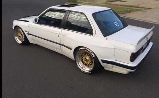1989 BMW E30