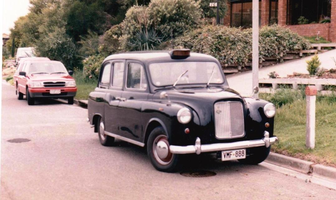 1975 Austin London Taxicab