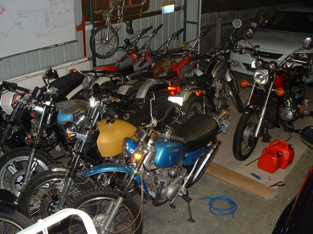Honda Many