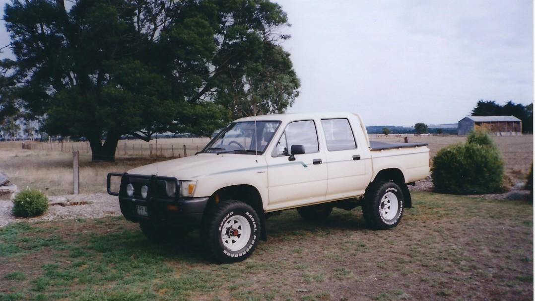 1989 Toyota Hi Lux Dual Cab 4 X 4
