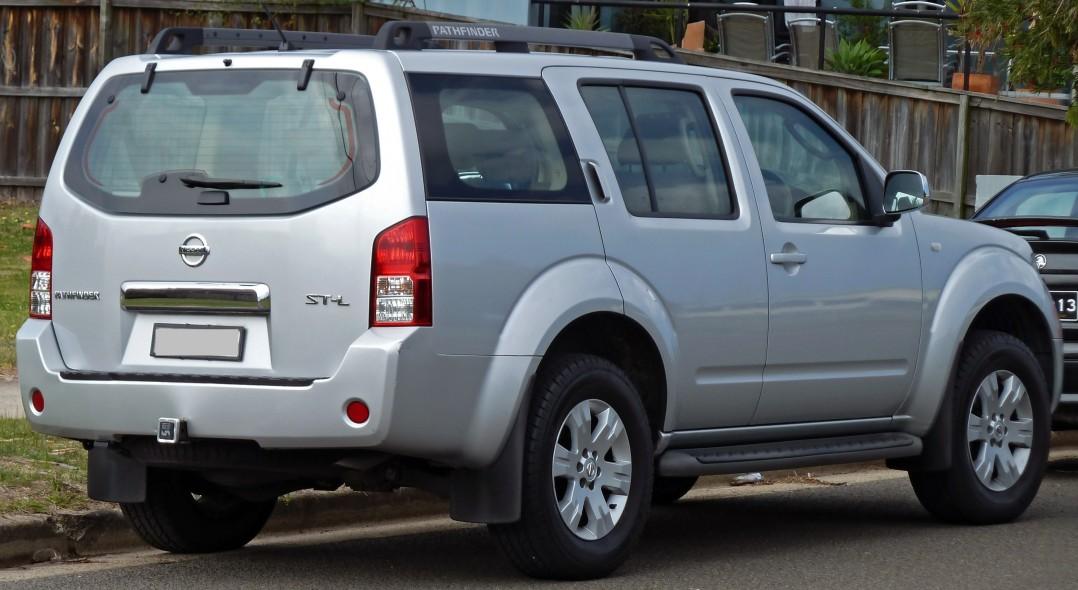 2010 Nissan PATHFINDER ST (4x4)