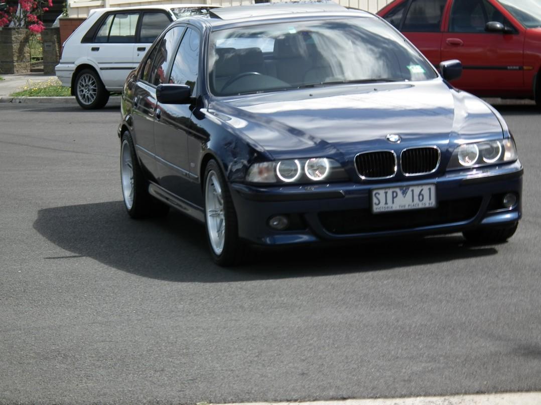 1999 BMW 540i Sport