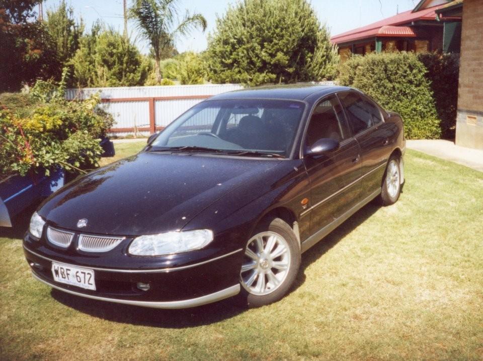 1998 Holden VT Calais