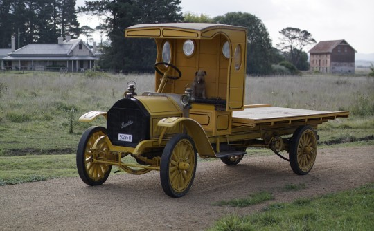 1913 Republic 3000lb lorry